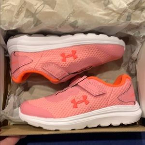 NWT Under Armour tennis shoes